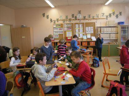Weihnachtsbasteln 4 Klasse.Klasse 3 Und 4 Basteln Zusammen Grundschule Baldham