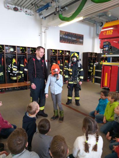 Christbaumkugeln Feuerwehr.Unterrichtsgang Der 3 Klassen Zur Feuerwehr Grundschule Baldham